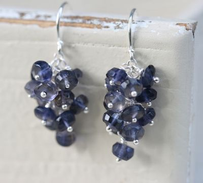 GrapeEarrings1