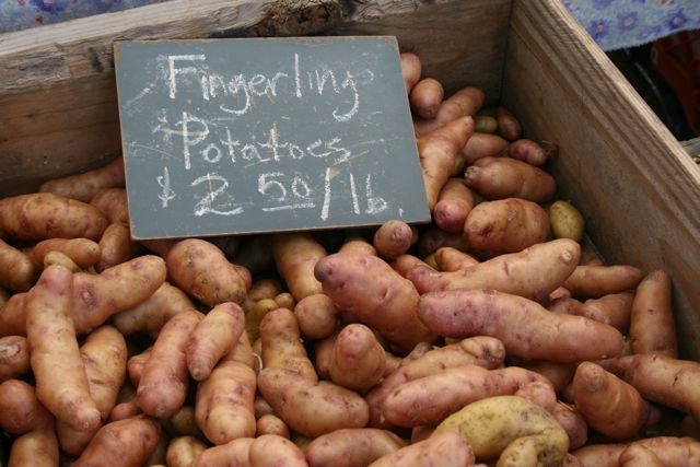AshlandMarketFingerlingPotatoes