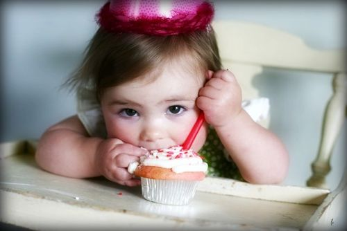 Evie eating cupcake-1