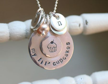 My lil cupcake necklace-1