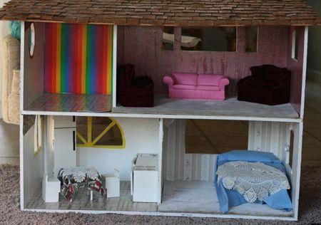 Dollhouse makover