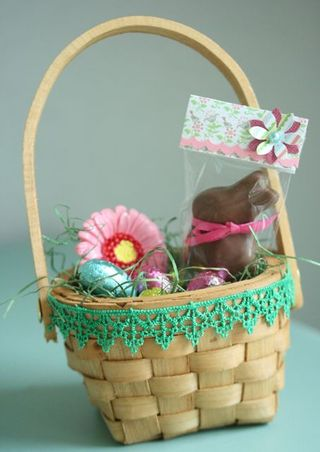 Chocolate lindt easter bunny green fringe