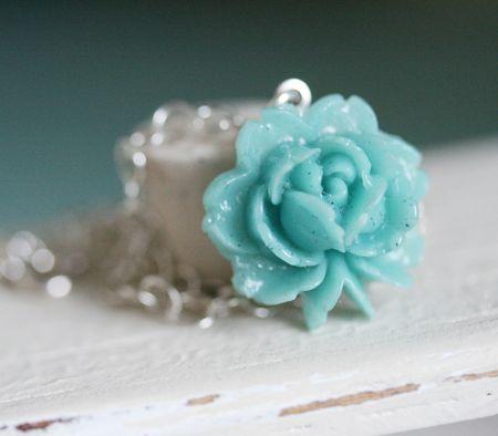 Flower-locket-blue-1