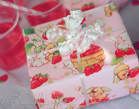Strawberry shortcake party wrapping paper-23