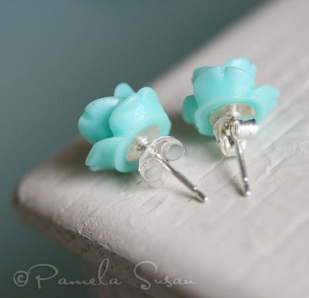 Flower earrings-blue-2