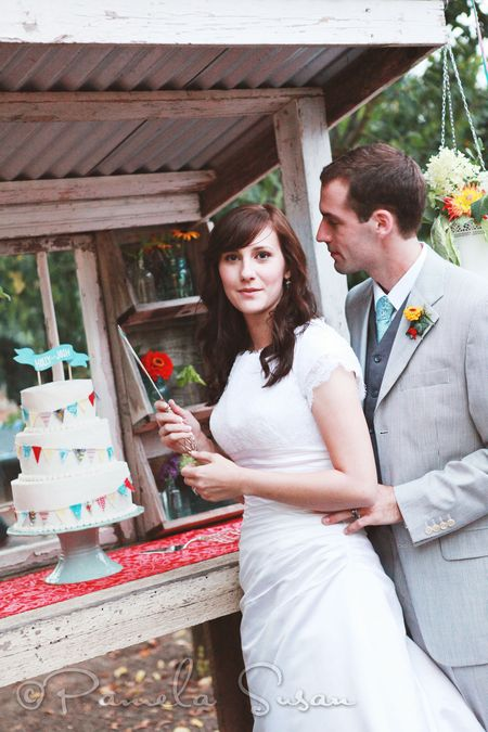 Holly-cutting-cake-62