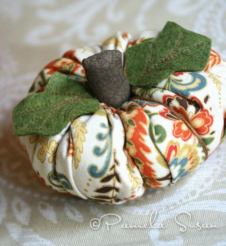 Fabric pumpkins-7