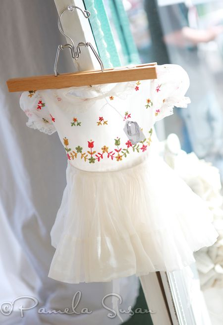 Avey's store-vintage baby dress-8