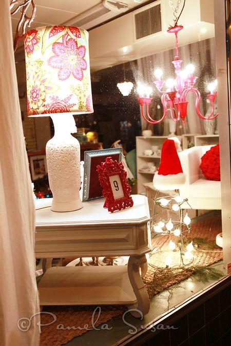 Avey's window display-2