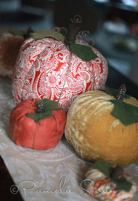 Fabric pumpkins-2.2