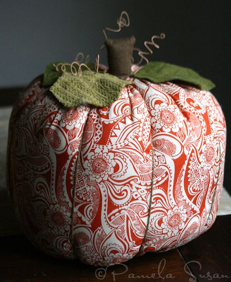 Fabric pumpkins-5