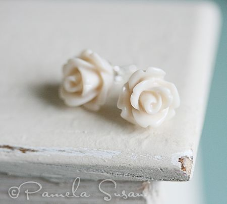 Flowers earrings-cream-1