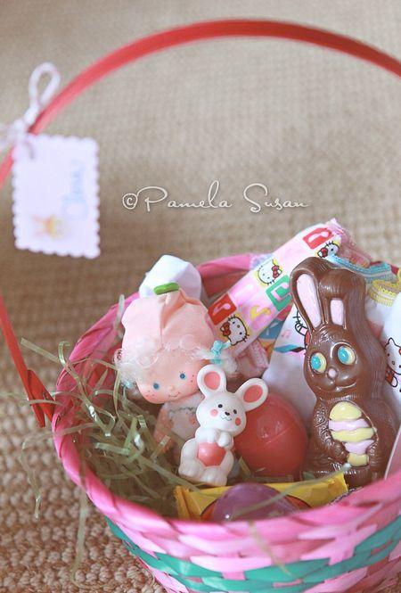 Easter-strawberry-shortcake-vintage-apricot-hopsalot-doll