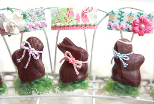 Lindt-mini-bunny-in-easter-bag-1