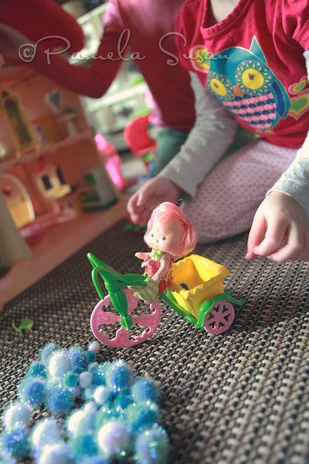 Strawberry-shortcake-dollhouse-3