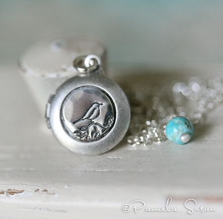 Bird-locket-2