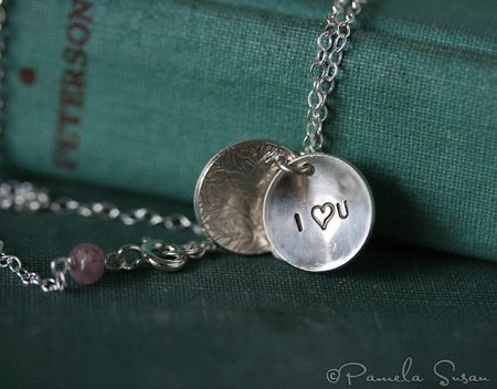 Heart-necklace-sapphire-2