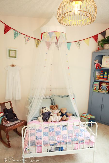 Light-fixture-vintage-bedroom-childrens-ikea-white-metal-bed-bunting-katie-daisy