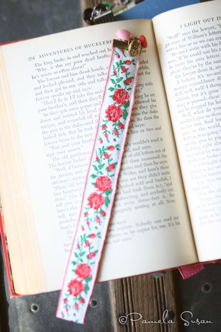 Mimi-bookmark-7