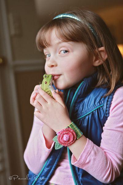Posy-bracelet-frog-2