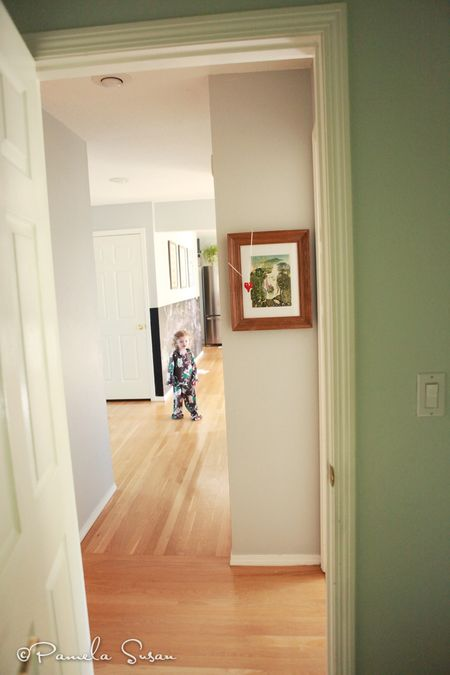 Girls-bedroom-hallway-owl-and-the-pussycat-print