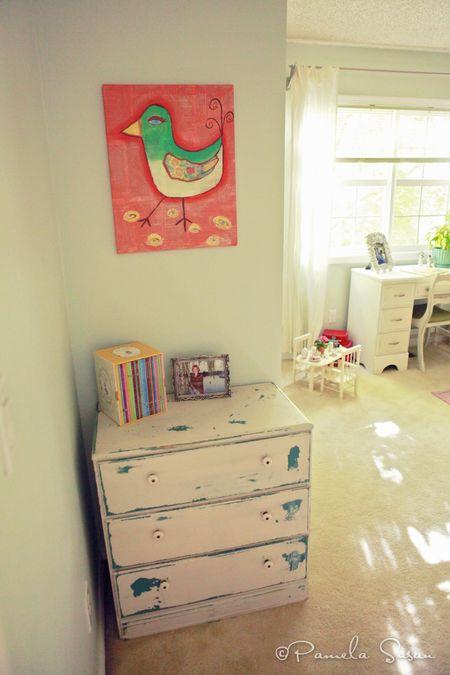 Girls-bedroom-bird-painting-5