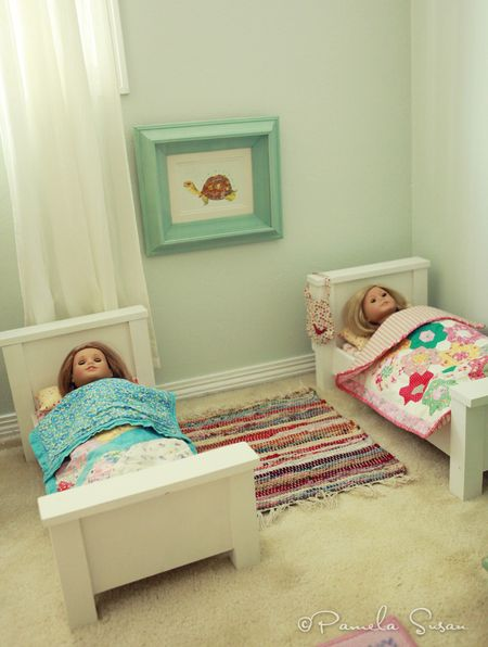 Girls-bedroom-american-girl-doll-beds-cream-mackenna-kit-quilt-rug-8
