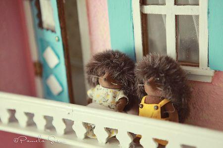 Girls-bedroom-hedgehog-dollhouse