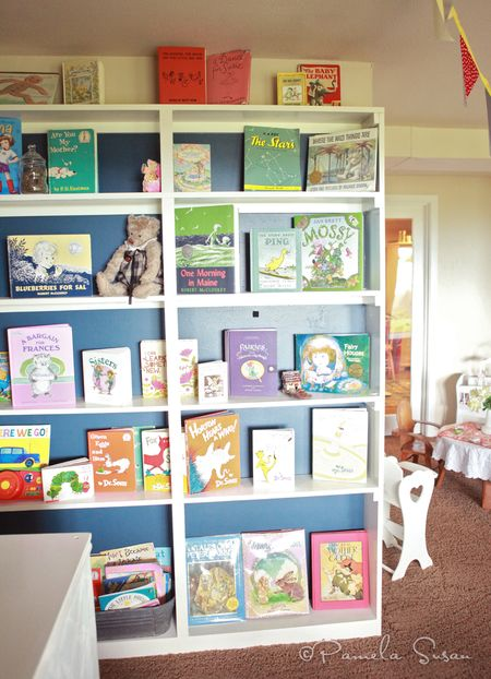 Playroom-childrens-bookshelves-books