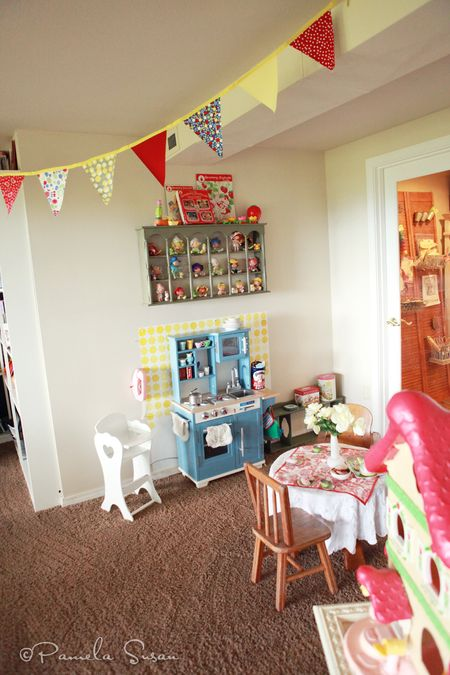 Playroom-vintage-kitchen-tea-party-table-strawberry-shortcake-bunting-12