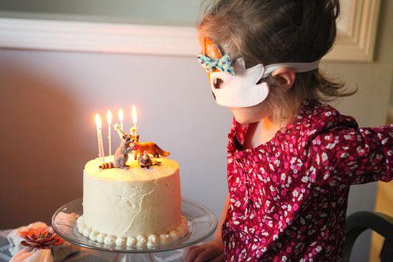 Jane-bday-woodland-cake-candles