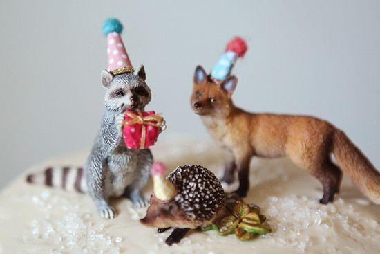 Woodland-cake-animals
